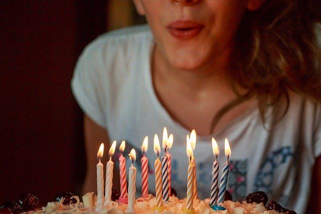 Fiestas de cumpleaños camas elásticas Madrid para niños